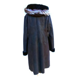 Fur-Coast-Black-arka