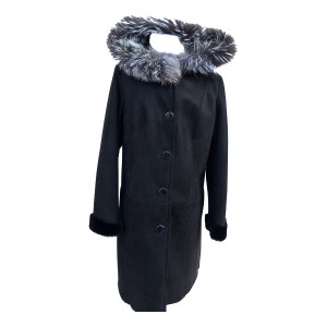 Fur-Coast-Black-on